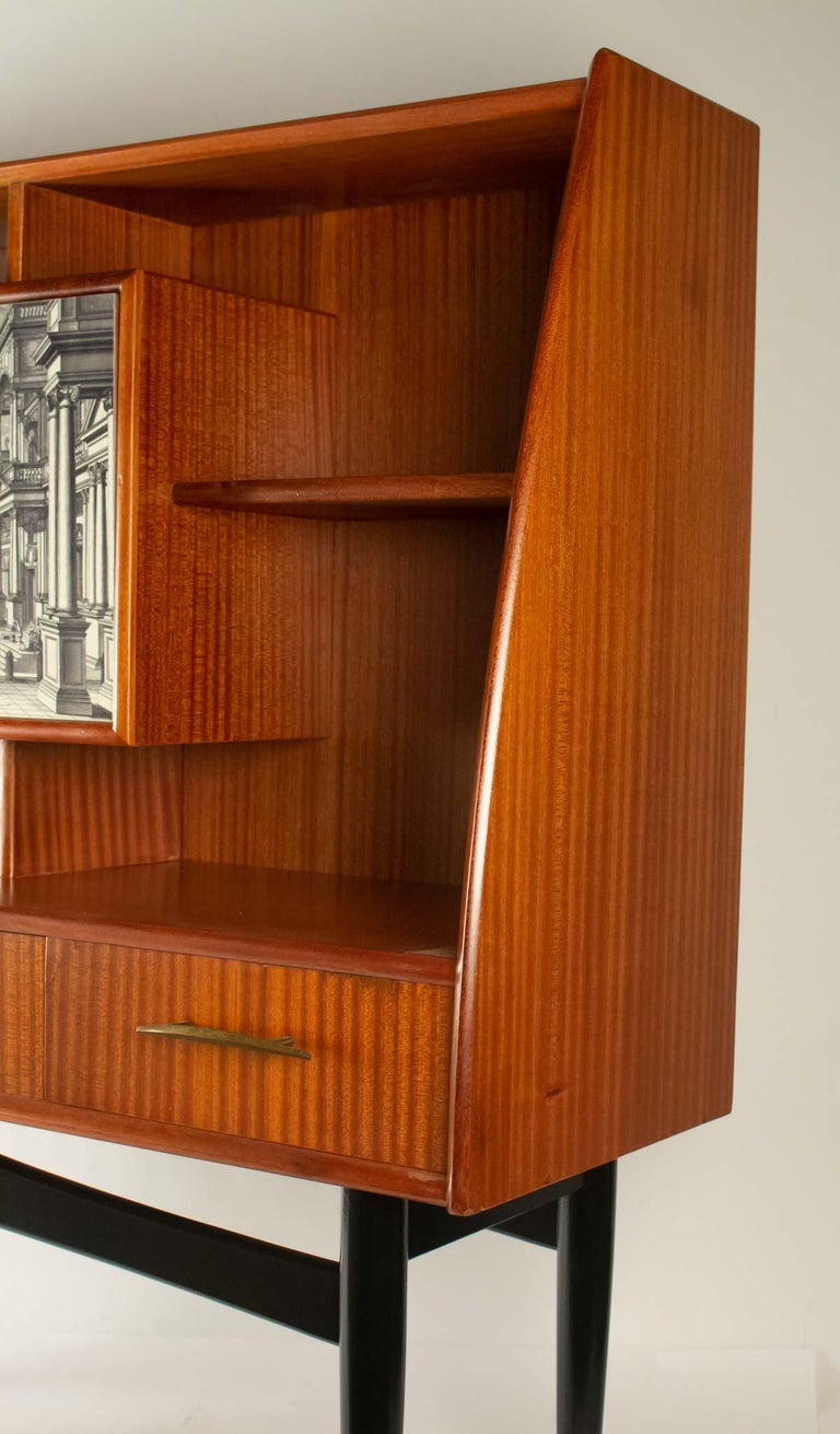 Nice Writing Desk Cabinet with Printed Architectural View on Door, Italy 1950s For Sale 5