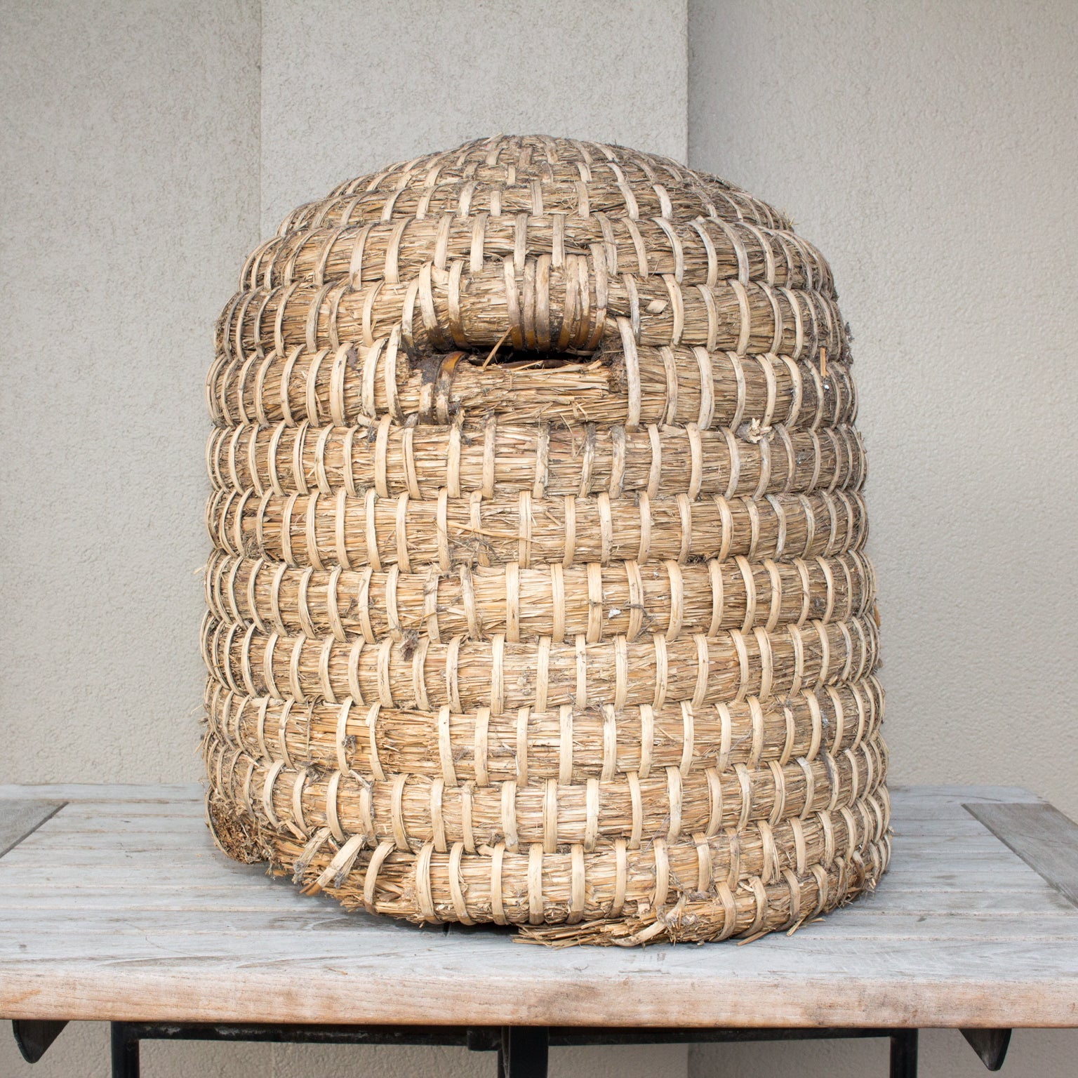 "17/"" Handwoven Straw Bee Skep//Beehive Basket Nice Picnic Basket or Gift Basket"