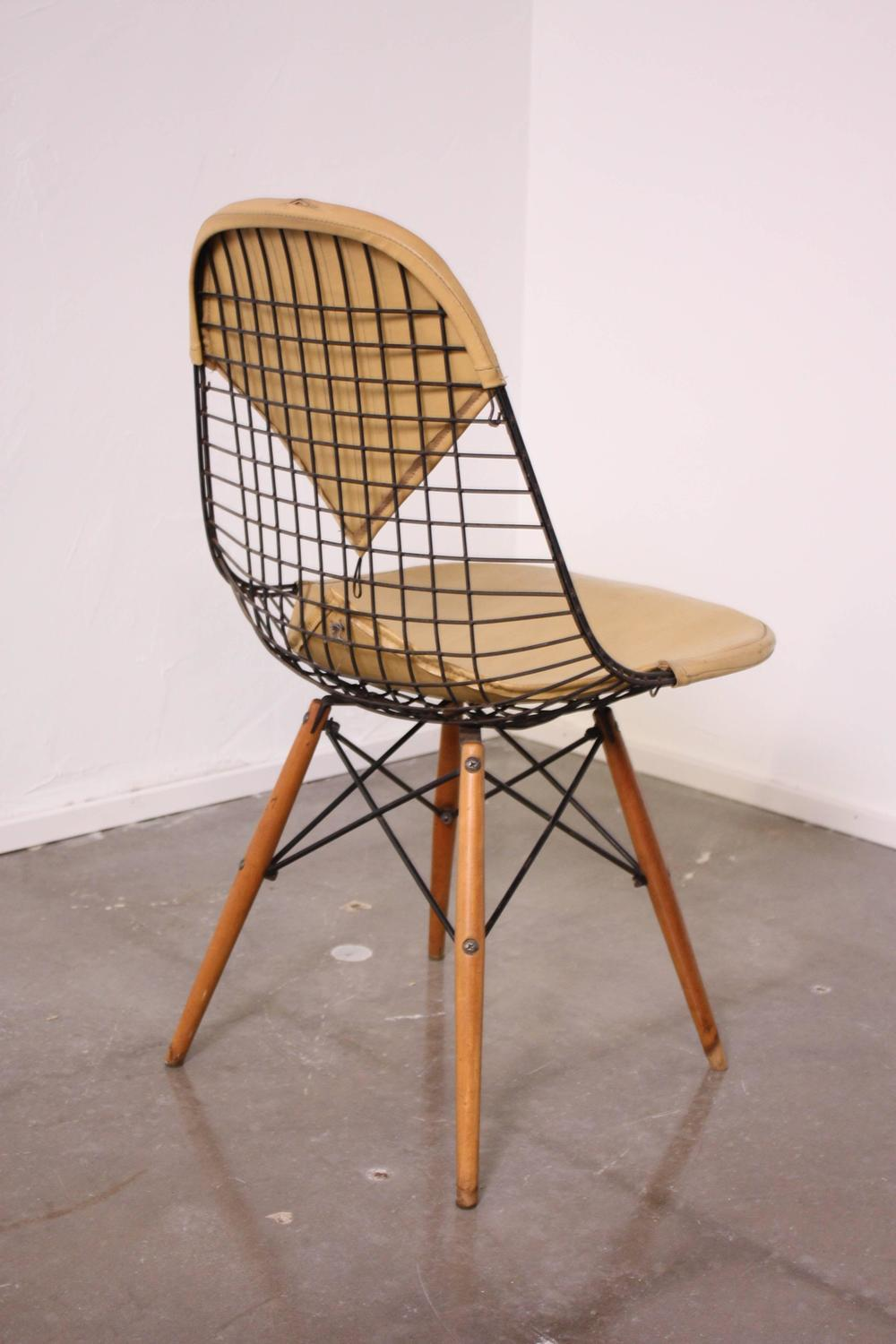 eames dkw dowel leg side chair for herman miller for sale at 1stdibs