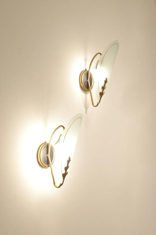 Two Mid-Century Modern Italian Design Glass and Brass Wall Sconces Lamps Light For Sale at 1stdibs