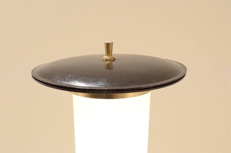 Mid-Century Italian Design, Brass and Lacquered Wood Tripod Cone Floor Lamp For Sale 2
