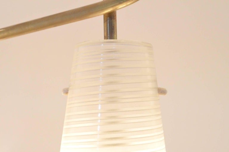Mid-Century Modern Italian Design Brass Glass 1950s Organic Chandelier For Sale 5