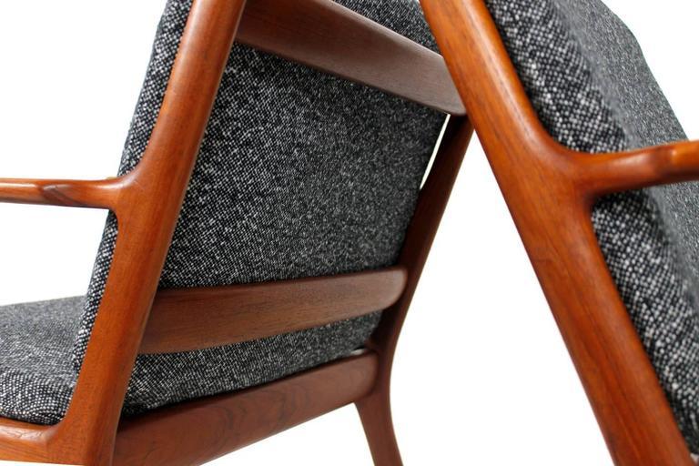 Modern lounge chair pj 112 by ole wanscher modern lounge danish modern - Pair Of 1960s Ole Wanscher Mod Pj112 Teak Easy Lounge