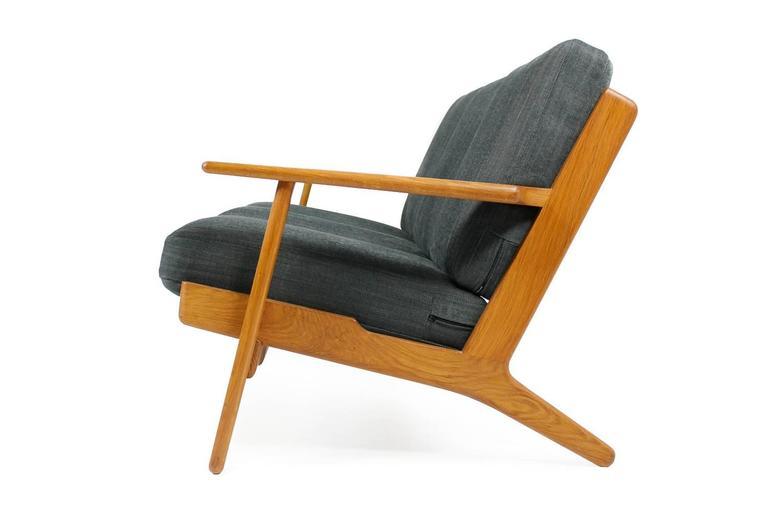 Hans J. Wegner Oak Sofa Mod. Ge 290 for Getama, 1960s Danish Modern Design In Excellent Condition For Sale In Hamminkeln, DE