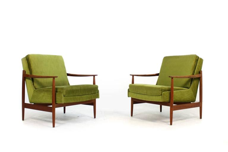 Pair of mid century modern teak lounge easy chairs by for Lounge chair kopie