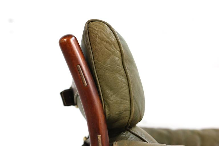 Mid-Century Modern Fantastic 1960s Arne Norell Leather Lounge Chair Mod. Kontiki Beechwood For Sale