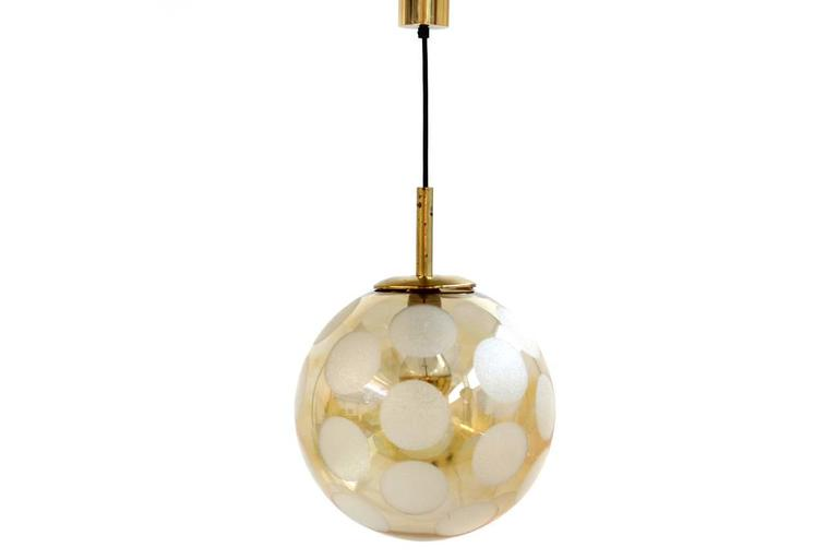 Mid-Century Modern Fantastic 1970s Brass and Glass Globe Pendant Lamp For Sale