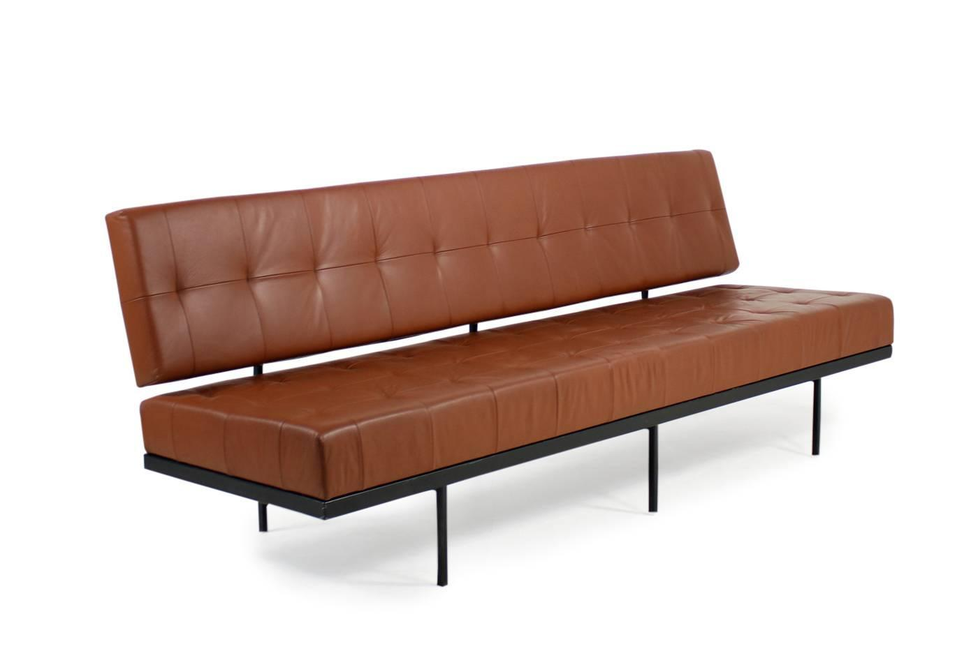beautiful 1960s florence knoll custom daybed sofa cognac. Black Bedroom Furniture Sets. Home Design Ideas