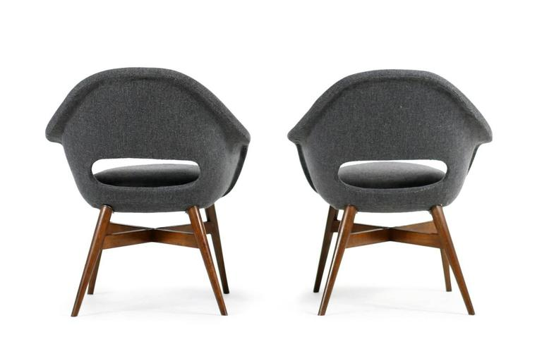 Czech Beautiful Pair of 1960s Miroslav Navratil Lounge Chairs, New Upholstery For Sale