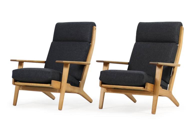 pair of hans j wegner 1960s highback oak ge 290 easy. Black Bedroom Furniture Sets. Home Design Ideas