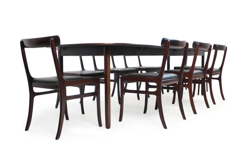 Beautiful and large 1960s dining set, by Ole Wanscher for PJ Denmark (Poul Jeppesen) made of dark mahogany, Mod. 'Rungstedlund' with eight chairs,