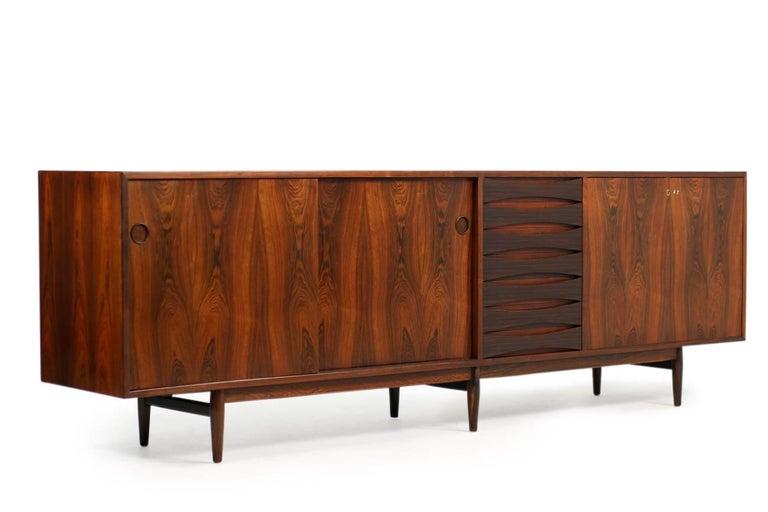 Wundervolles 1960er Arne Vodder Rosenholz Sideboard Modell 29a für Sibast Dänisch Modern 2