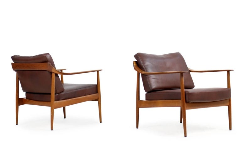 German Pair of 1960s Teak & Leather Easy Lounge Chairs Knoll Antimott Mid-Century For Sale