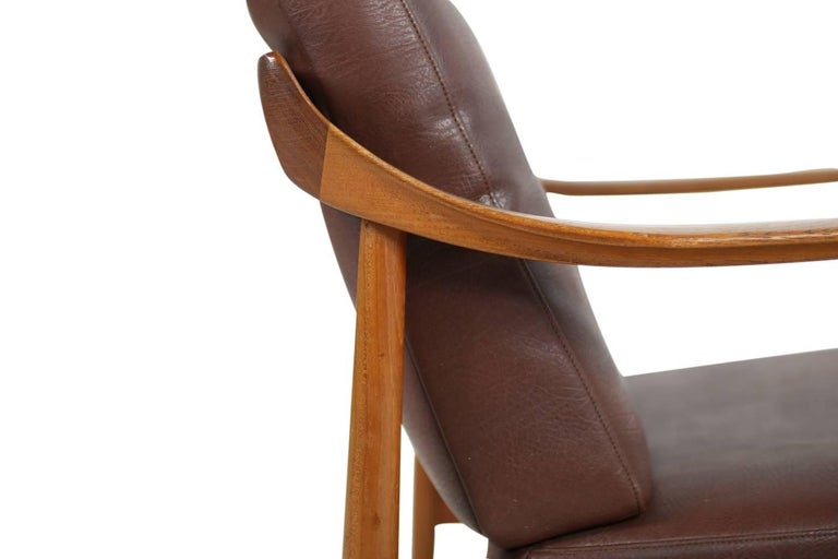 Pair of 1960s Teak & Leather Easy Lounge Chairs Knoll Antimott Mid-Century 5