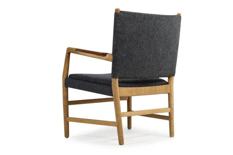 1950s hans j wegner 39 town hall 39 chair oak and teak mid. Black Bedroom Furniture Sets. Home Design Ideas