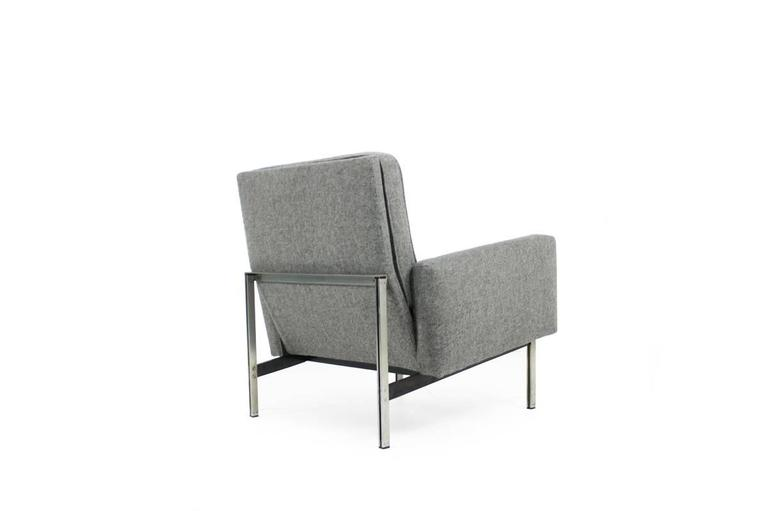 American Beautiful 1950s Florence Knoll Parallel Bar Lounge Chair, Mid-Century Modern For Sale