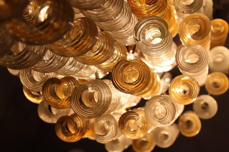 Mid-Century Modern Italian Chandelier Twisted Murano Glass in Amber, White, Venini Attributed 1950s For Sale