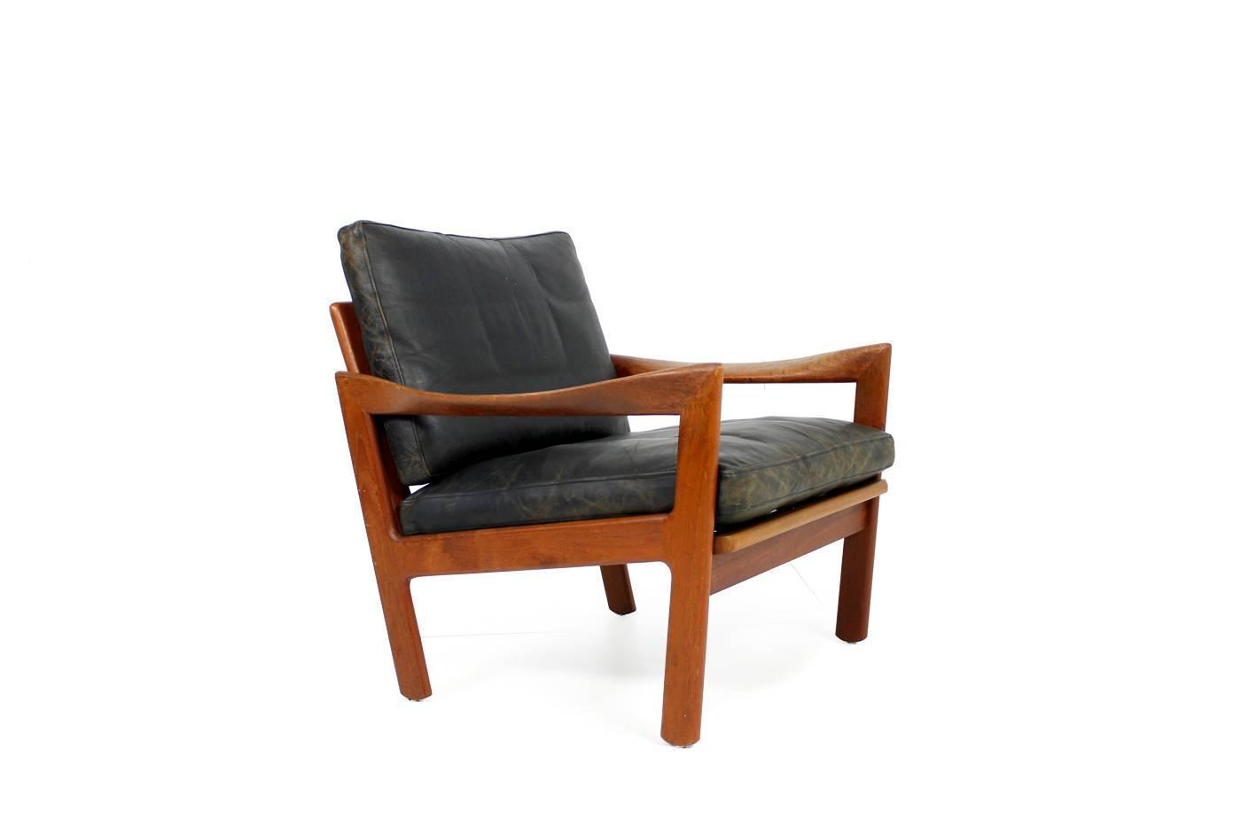Mid Century Modern Illum Wikkelso Teak and Leather Easy