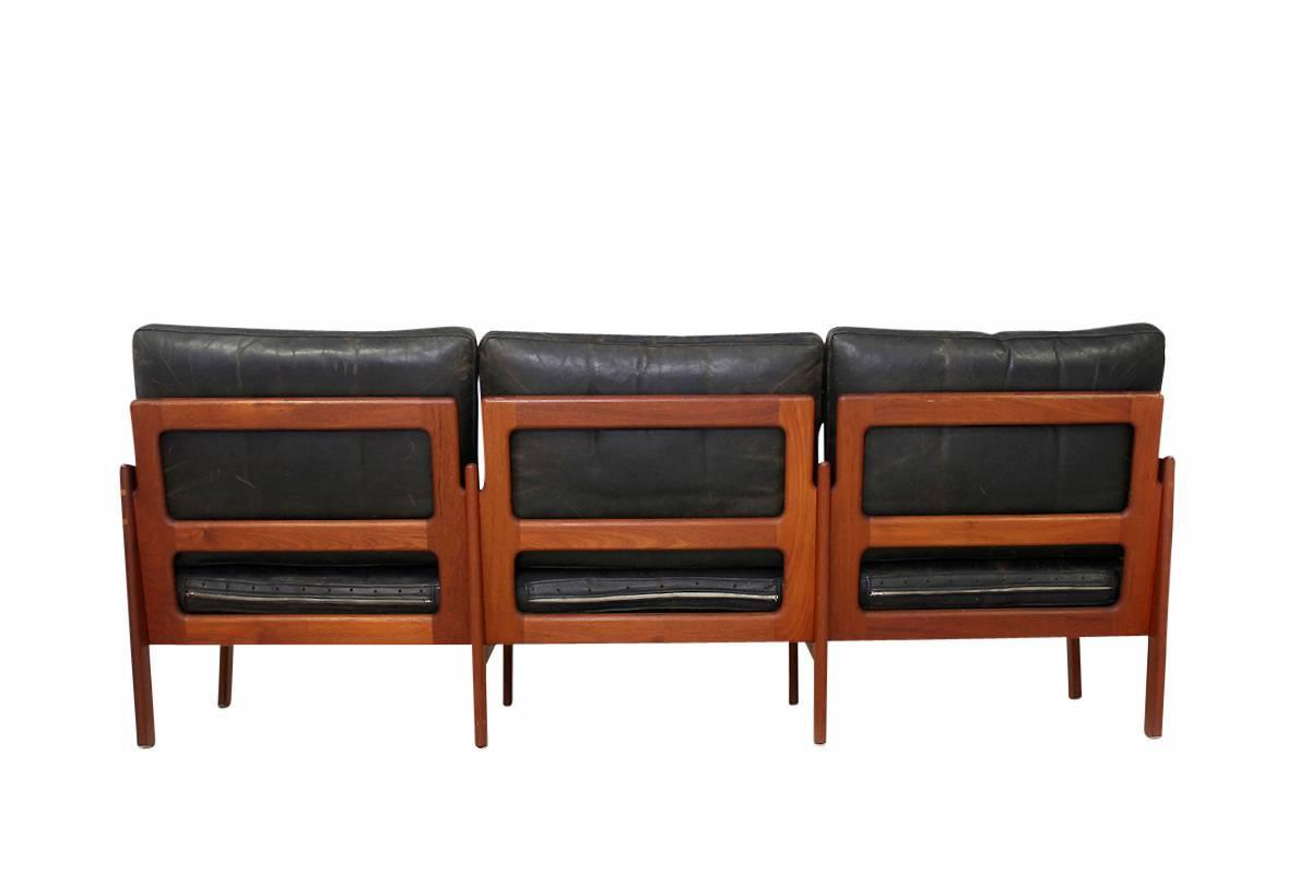 mid century modern illum wikkelso teak and leather sofa danish modern 1960s at 1stdibs. Black Bedroom Furniture Sets. Home Design Ideas