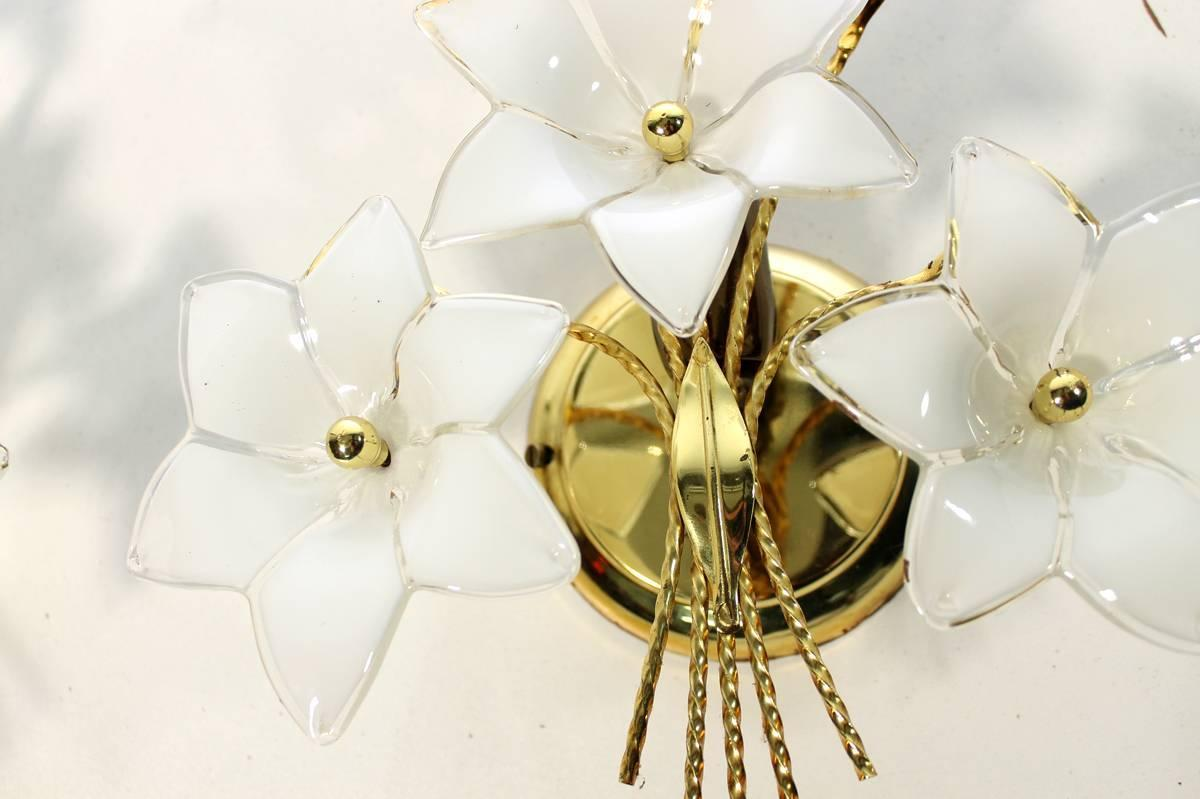 Floral Pair of Gold Plated Metal and Brass Glass Flower Buquet Sconces For Sale at 1stdibs
