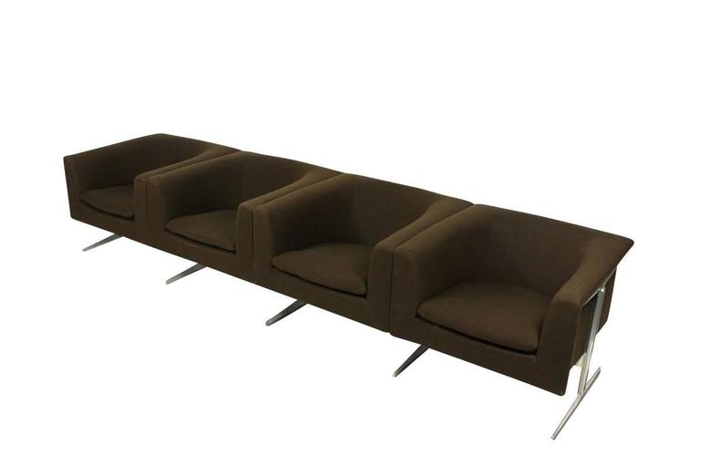 Mid-Century Modern 1960s Sofa Mod. 630 by Geoffrey Harcourt for Artifort Modular Seating Metal Base For Sale