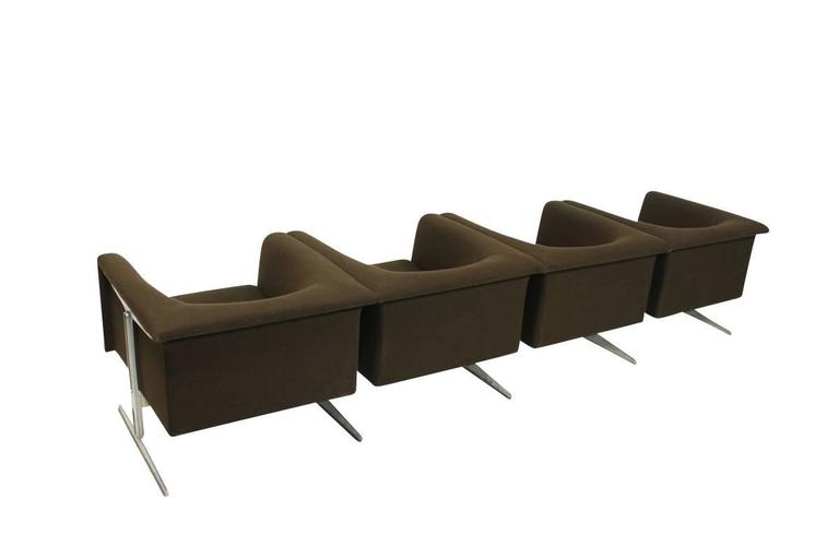 1960s Sofa Mod. 630 by Geoffrey Harcourt for Artifort Modular Seating Metal Base In Good Condition For Sale In Hamminkeln, DE
