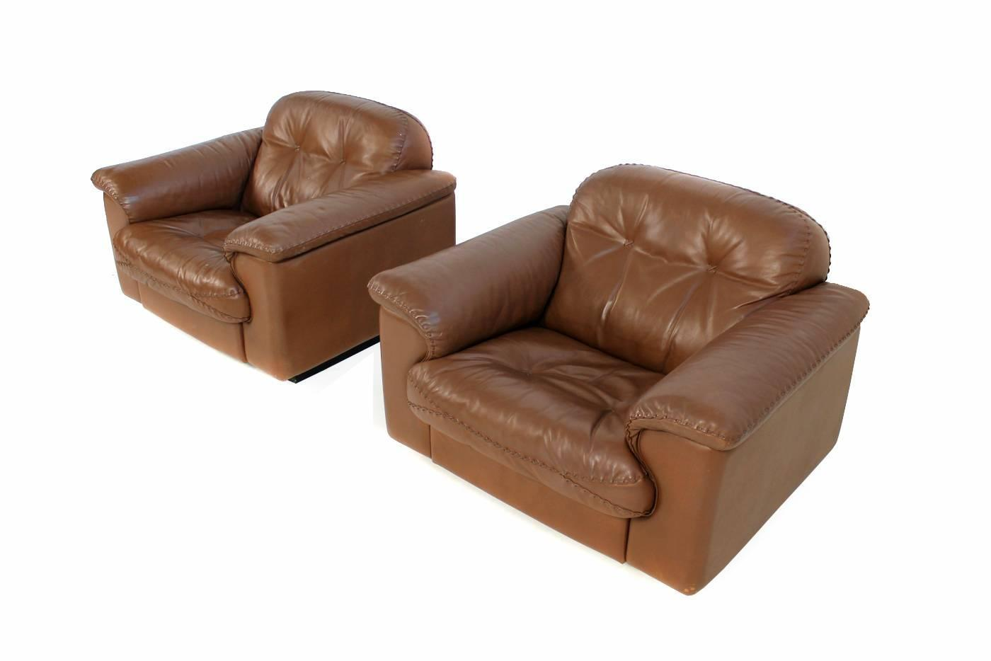 Pair of high quality 1960s de sede ds 101 leather lounge for Sessel james
