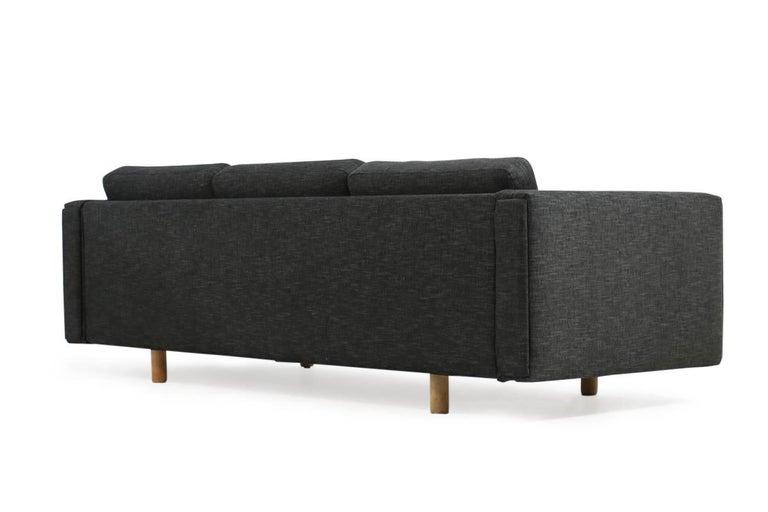 Danish 1960s Hans J. Wegner Sofa Mod. Ge 300 for GETAMA, Denmark, New Upholstery, Oak For Sale