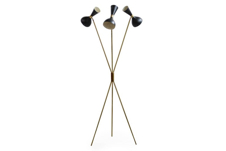 Beautiful tripod floor lamp, large metal lampshades and brass base. Each lampshade for two bulbs, up to 60W each bulb, it can be used with only three or with six bulbs, fantastic condition with patina on the brass, no dents. The lampshades are