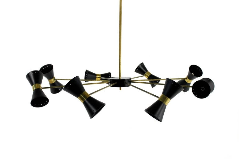 Large Eight-Arm Italian Modernist Brass Diabolo Chandelier Stilnovo Spider Style In Excellent Condition For Sale In Hamminkeln, DE
