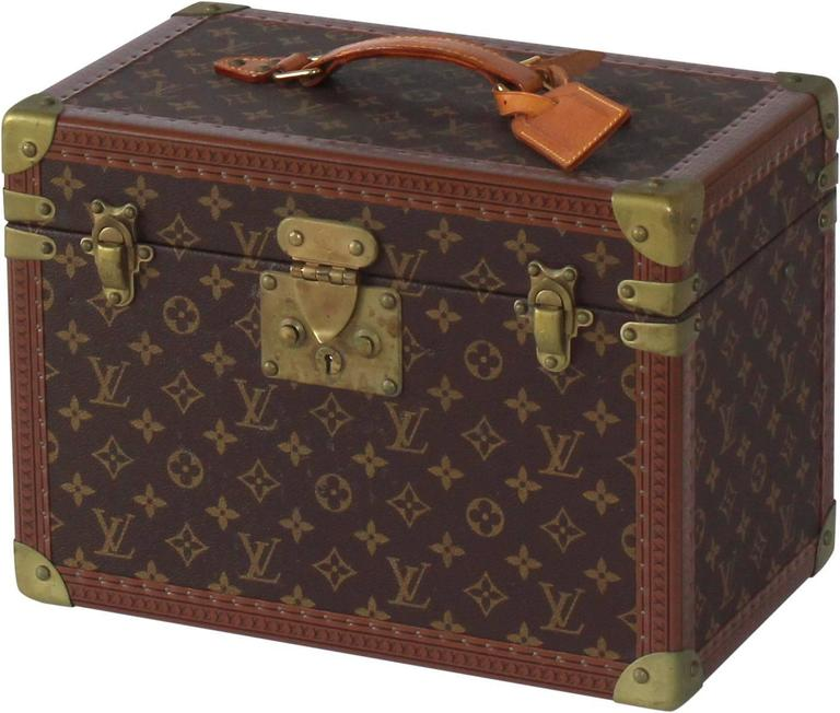 American Colonial Louis Vuitton Vanity Case For Sale