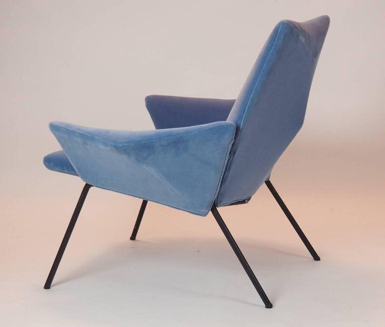 Italian Single Diamond Armchair in Blue Velvet by Rossi di Albizzate, Italy, 1950s For Sale