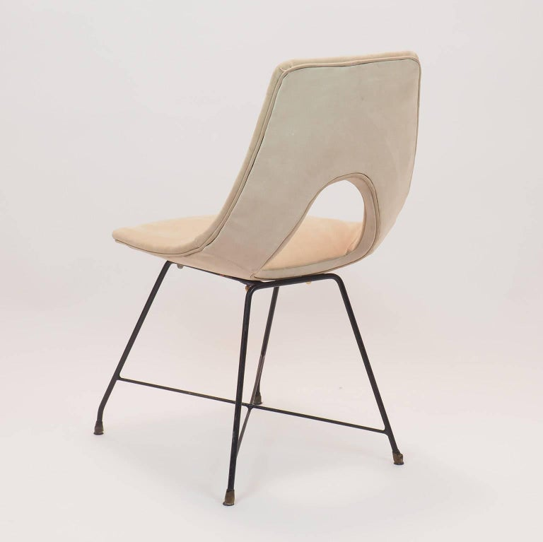Italian Midcentury Suede Chair  Designed by Augusto Bozzi for Saporiti, Italy, 1950s For Sale