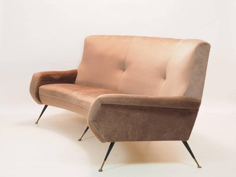 Italian Curved Sofa by Gigi Radice for Minotti, Milano, 1950s In Good Condition For Sale In Milano, IT