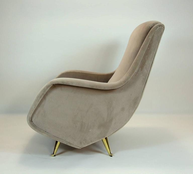 Mid-20th Century Fine Italian Lounge Chairs Manufactured by ISA,  Milano, Italy 1950's For Sale
