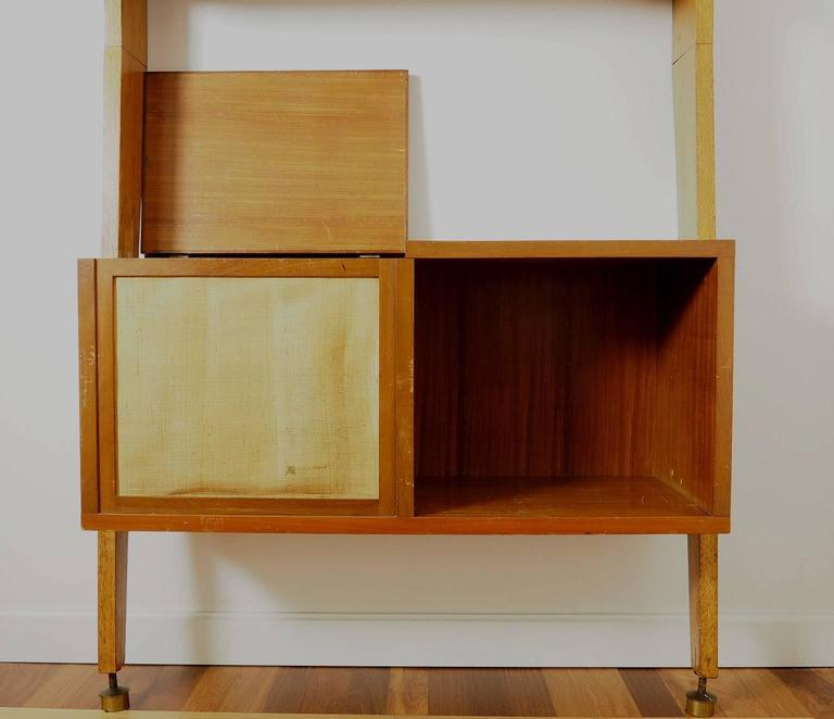 Midcentury Wood and Brass Bookcase designed  by Augusto Romano, Italy 1950s For Sale 2