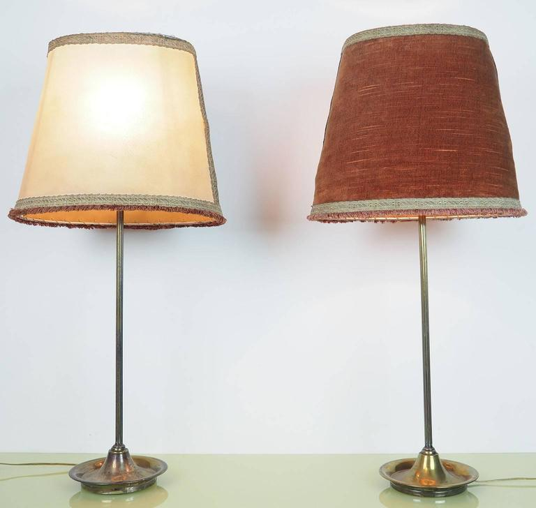 Mid-Century Modern Pair of Large Table Lamps Brass with Bifronte lampshades by Chiarini Milano 1950 For Sale