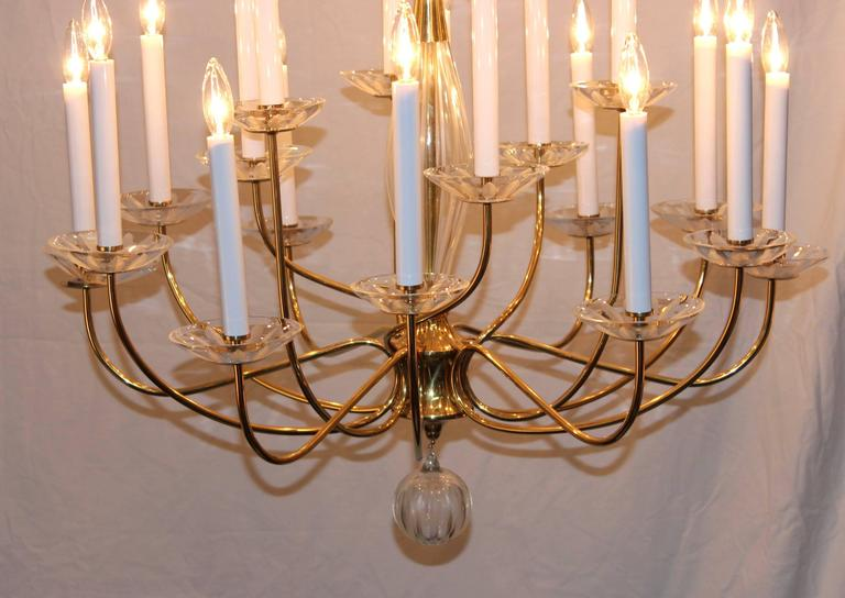 1950s Modern Large Brass and Cut-Glass Chandelier by Lightolier For Sale 2