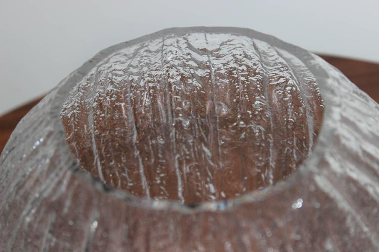 Timo Sarpaneva Glass Vase In Excellent Condition For Sale In New York City, NY