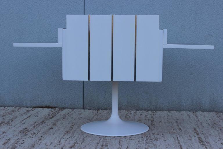 Mid-Century Modern Swivel Bar/Cabinet by Lane For Sale 1