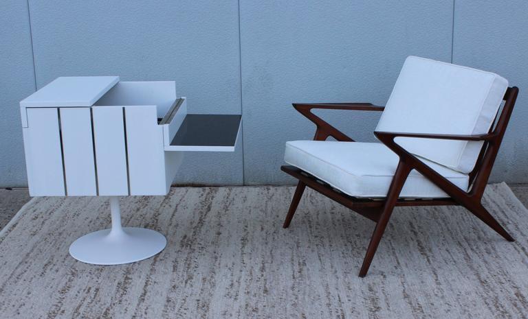Mid-Century Modern Swivel Bar/Cabinet by Lane For Sale 3
