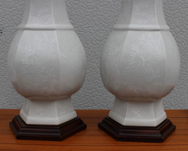 Pair of blanc de chine table lamps by marbro for sale at for Table de chine