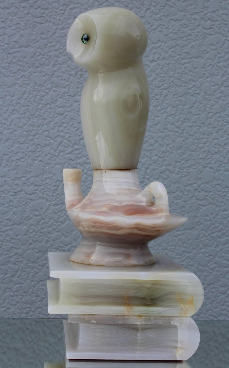 1950s Italian Alabaster Owl Sculpture In Good Condition For Sale In New York City, NY
