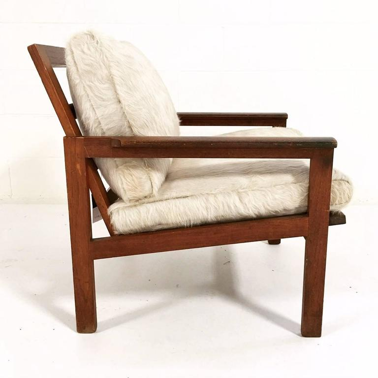 Illum Wikkels 248 Style Lounge Chair With Ivory Brazilian