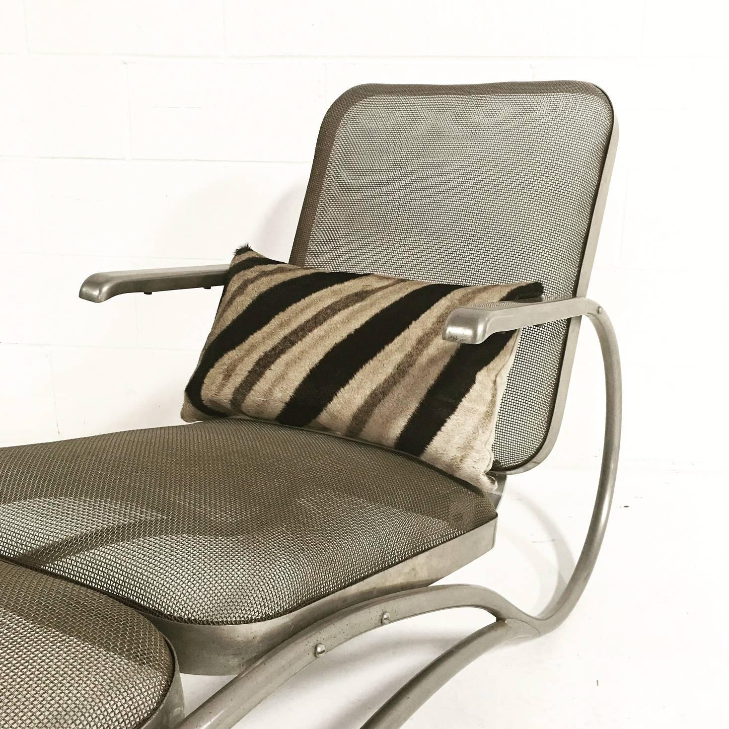 vintage iron mesh chaise lounge with zebra and cowhide pillows for sale at 1stdibs. Black Bedroom Furniture Sets. Home Design Ideas