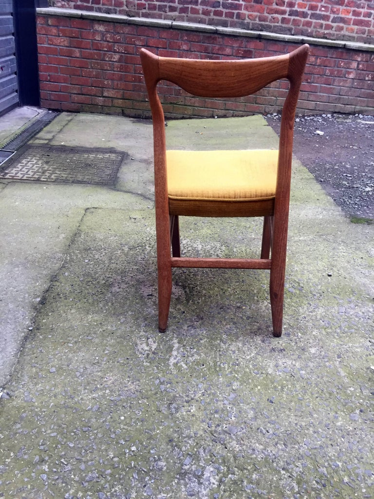 Mid-20th Century Guillerme et Chambron Set of 12 Oak Dining Chairs, circa 1965 For Sale