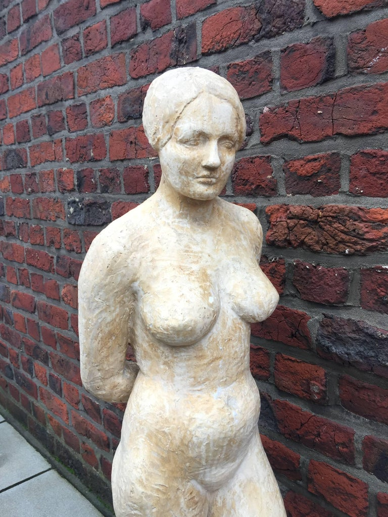 High Art Deco Plaster Statue, circa 1930-1950 In Good Condition For Sale In Saint-Ouen, FR