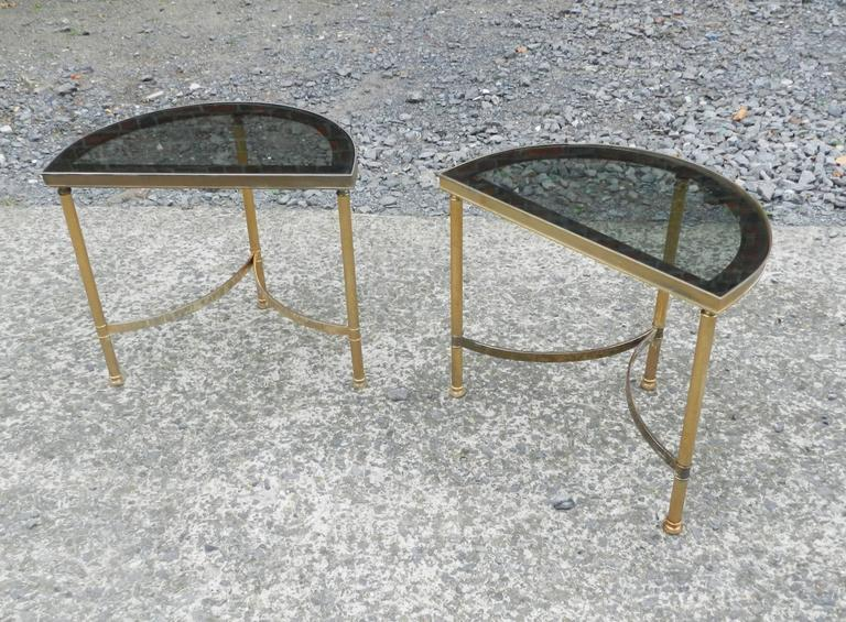 Maison Baguès, 1950 Adjustable Coffee Table in Brass, Tinted Glass and Mirror In Good Condition For Sale In Saint-Ouen, FR