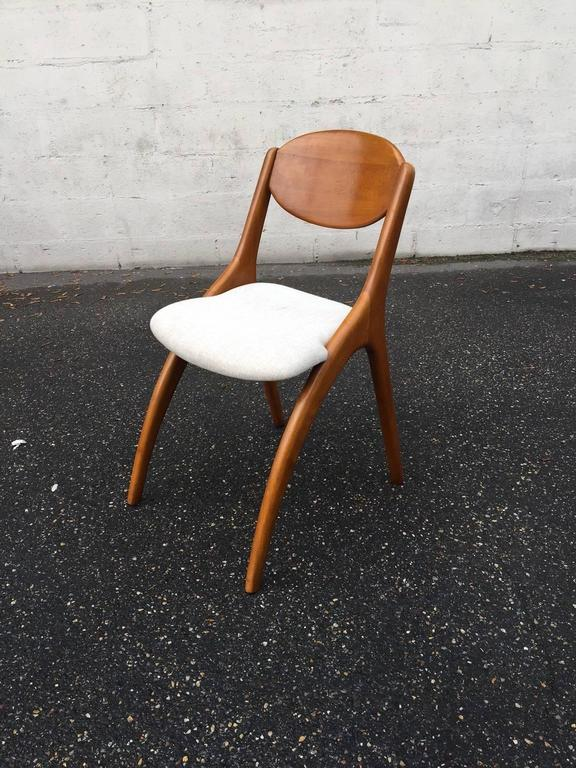 Mid-20th Century Little Desk with His Chair For Sale