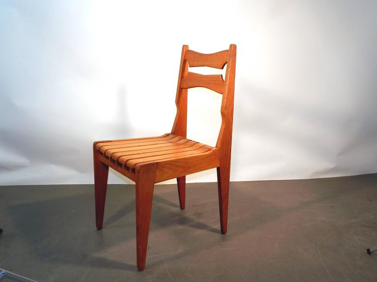 Set of Six Oak Chairs by Guillerme et Chambron for Votre Maison, circa 1960 In Excellent Condition For Sale In Saint-Ouen, FR